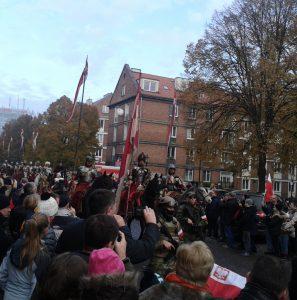 Feierlicher Marsch am Nationalfeiertag der polnischen Unabhängigkeit. © Antje Wilke