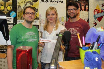 """""""Grenzenlos"""" live im Radio: Natalie Junghof im Interview mit Gero Brinkmann (links) und David Wegmann. © Evgenia Muravyeva"""
