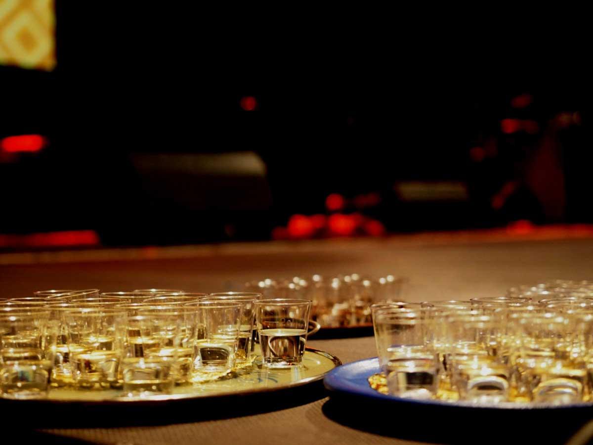 Polnischer Wodka für das Publikum. © Natalie Junghof