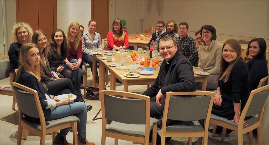 Der deutsch-polnische Stammtisch in Münster. © Natalie Junghof
